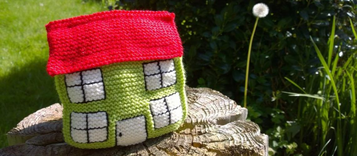 home-house-crafts-knitting-1349925